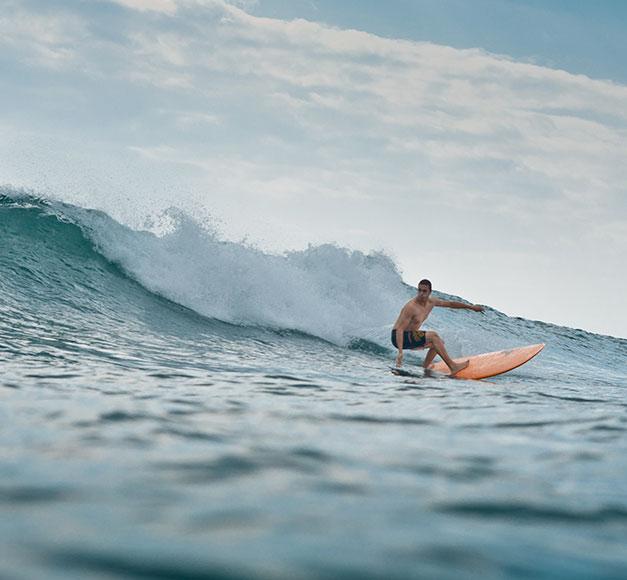 surfeur-planche-terry-biarritz